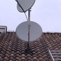 Satronik_dve_paraboly_na_streche-antena